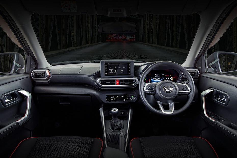 Daihatsu Rocky Dashboard View